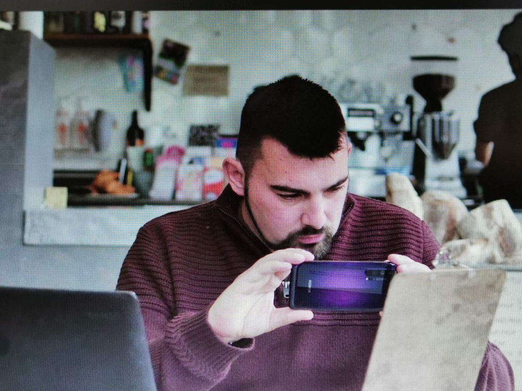 visually impaired honor 20 pro PocketVision AI IFA 2019, Honor announces PocketVision, AI powered app for the Visually impaired